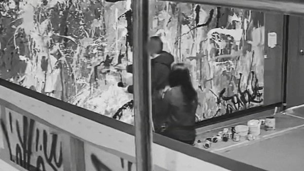 Couple in South Korea accidentally painted a half million dollar painting at art gallery 1