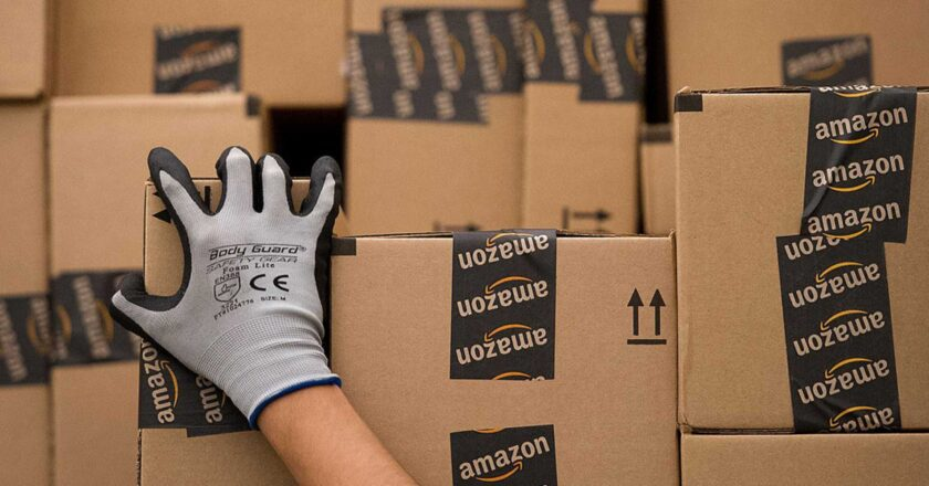 How To Manage Your Own Amazon Business From Home