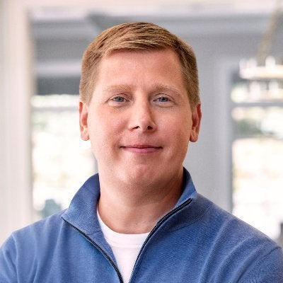 Barry Silbert's twitter snark at DOGE holders about converting their holding to Bitcoin isn't doing too well to his public image – Dogecoin Daily