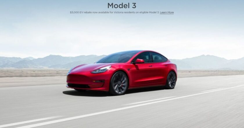 Tesla updates its homepage with the Model 3 SR + $ 3,000 EV discount