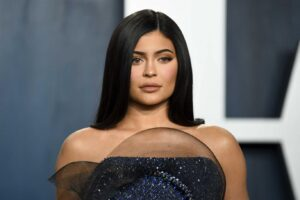 The Truth About Kylie Jenners 800m Cosmetics Empire 2
