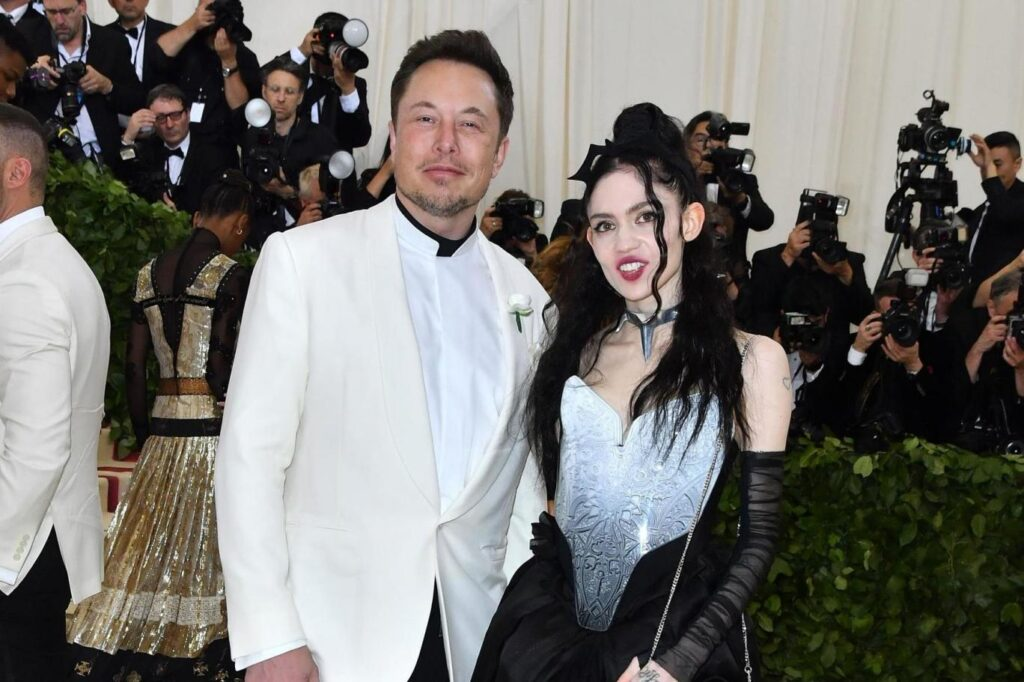 Elon Musks girlfriend Grimes told about her new album It will be the space opera of artificial intelligence 2